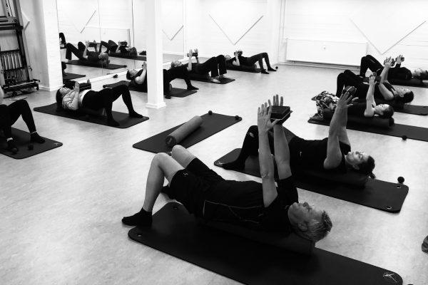 Power Pilates holdtræning hos Aalborg Pilates Studio